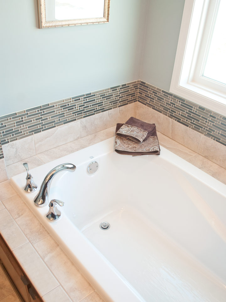 Master Bath Soaking Tub Interior Impressions
